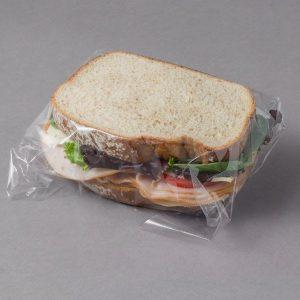 ساندویچ بسته بندی شده در نایلون